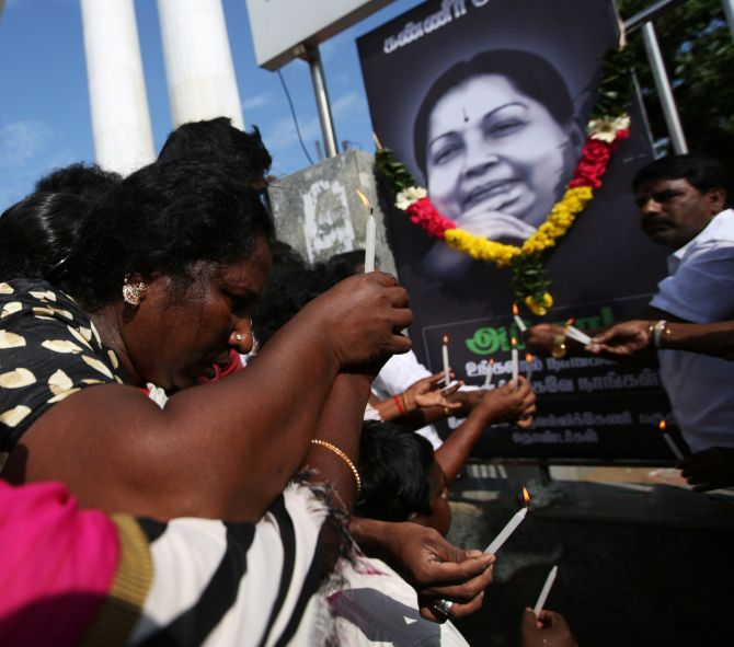 India News - Latest World & Political News - Current News Headlines in India - Jaya convicted in assets case, remove her portraits from government offices