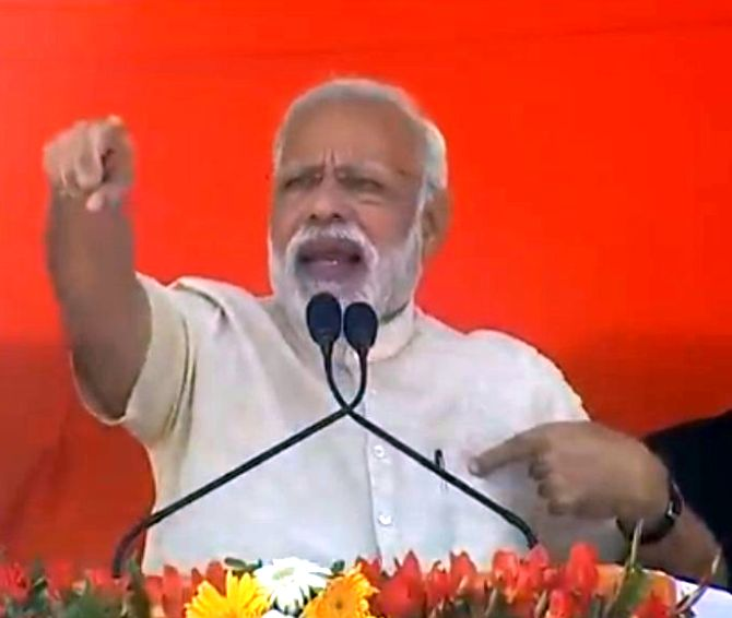 SP, BSP for hung House in UP to have bargaining power: PM