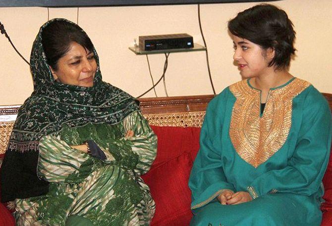 Rediff Sports - Cricket, Indian hockey, Tennis, Football, Chess, Golf - Gambhir, Kaif spring to 'Dangal' actress's defence