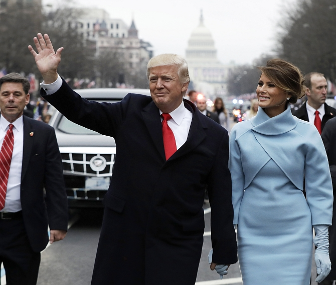 India News - Latest World & Political News - Current News Headlines in India - PIX: Trump walks in inaugural parade amid protests