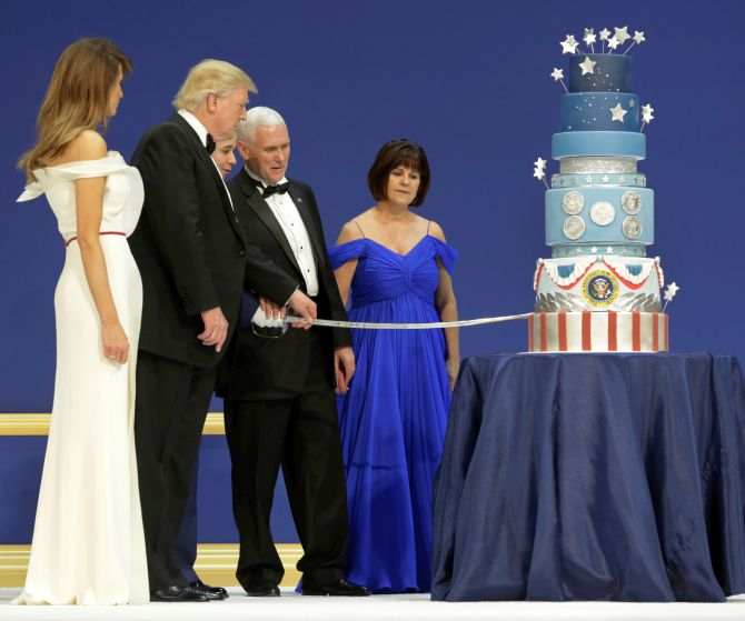 India News - Latest World & Political News - Current News Headlines in India - Did Donald Trump steal cake design from Obama inauguration?