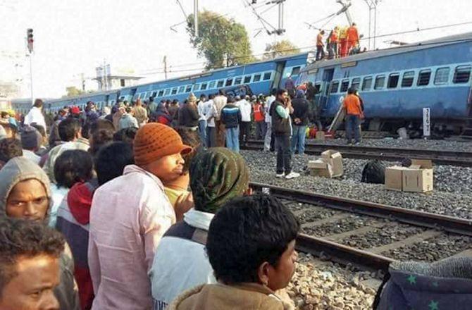 India News - Latest World & Political News - Current News Headlines in India - Hirakhand derailment: NIA team probes terror angle