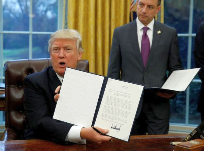 India News - Latest World & Political News - Current News Headlines in India - Trump pulls out of trade deal TPP with executive order