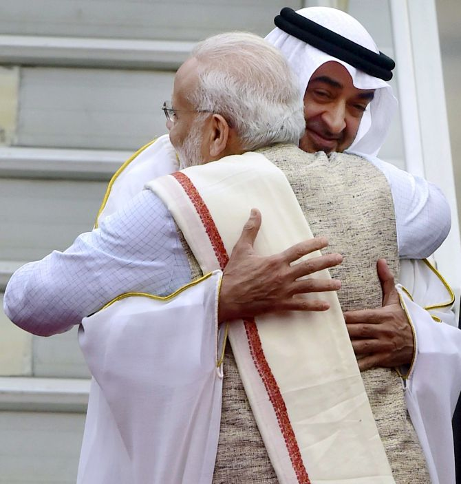 India News - Latest World & Political News - Current News Headlines in India - PM receives R-Day parade chief guest Crown Prince of Abu Dhabi