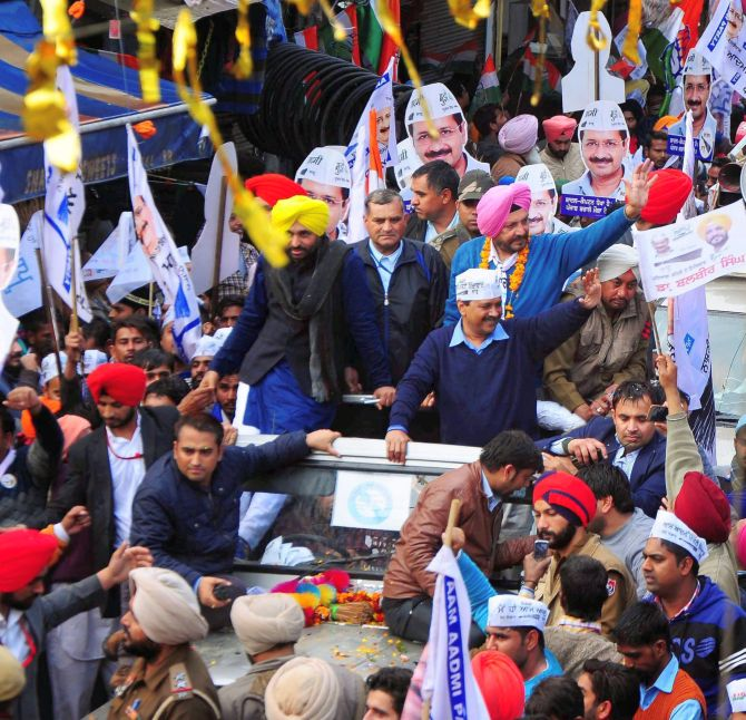 Laptops for students, Dalit deputy CM: AAP's Punjab poll manifesto