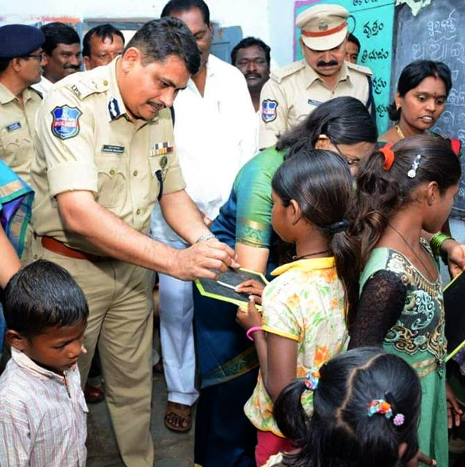 India News - Latest World & Political News - Current News Headlines in India - Top cop who has become an anti-trafficking hero
