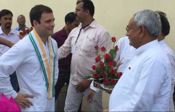 Congress Vice-President Rahul Gandhi, left, with Bihar Chief Minister Nitish Kumar before the Mahagatbandan in Bihar collapsed.