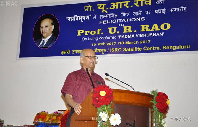 Professor U R Rao speaks at a felicitation for him at the ISRO Satellite Centre, Bengaluru, after he was awarded the Padma Vibhushan, the country's second highest honour this year. Photograph: Kind courtesy: ISRO Satellite Centre