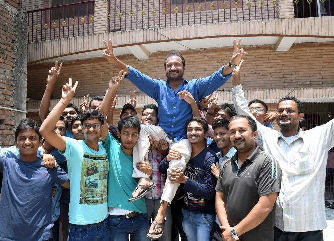 Latest News from India - Get Ahead - Careers, Health and Fitness, Personal Finance Headlines - 30 students from Super30 crack IIT-JEE this year