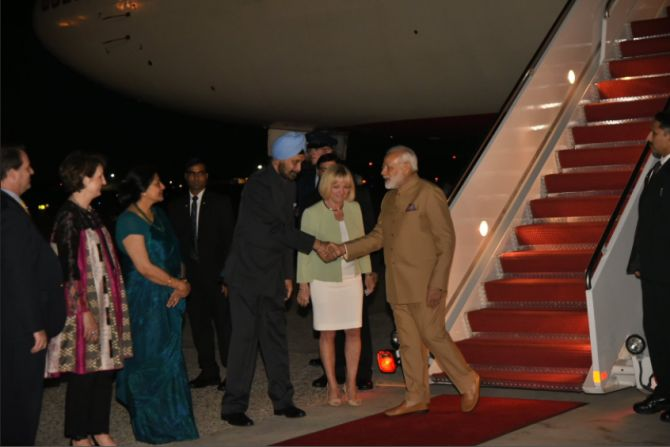 PM Narendra Modi welcomed by India's Ambassador to the US Navtej Sarna