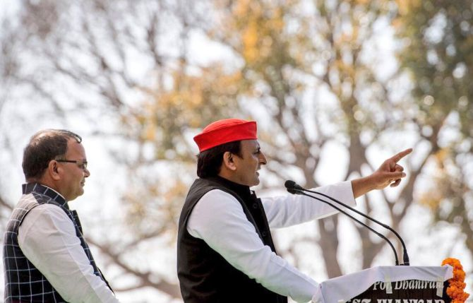 Akhilesh slams PM Modi over his roadshows in UP