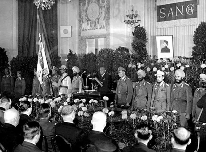 Nambiar addressing a gathering on the founding of the pro-Axis provisional government of Free India. Berlin, 1942