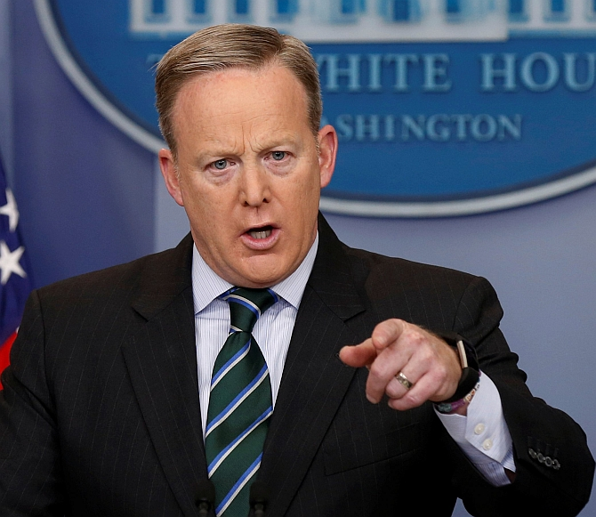 Kansas shooting: All Americans should be outraged, says White House