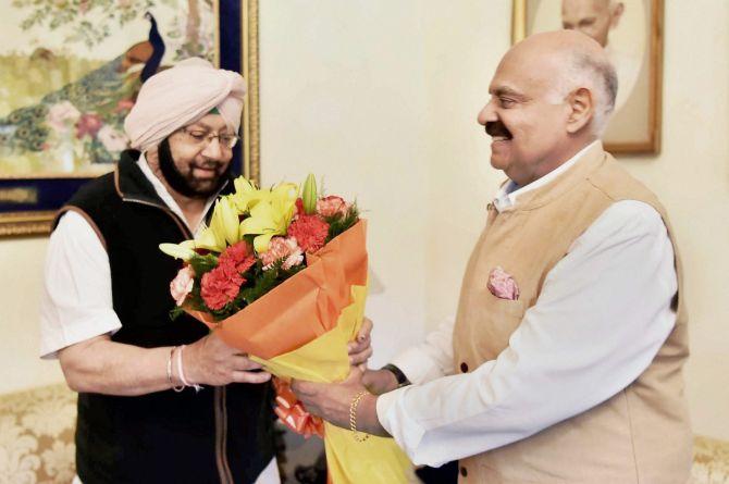 Amarinder to take oath as Punjab CM tomorrow