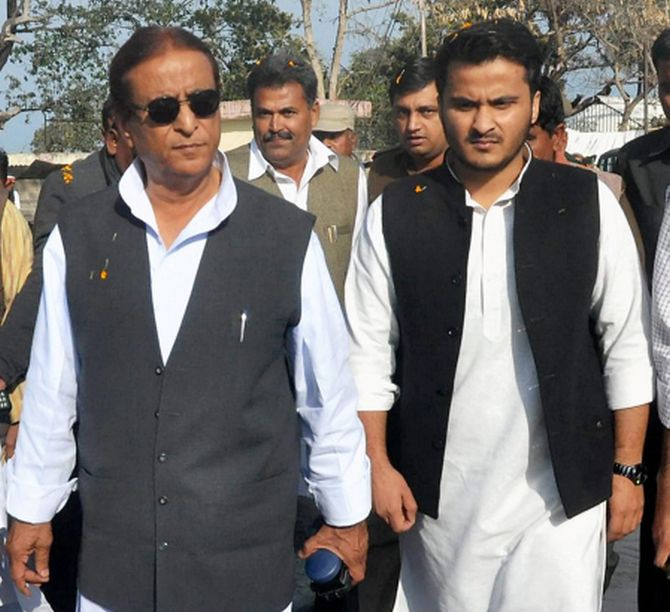 Azam Khan caught on camera fuming at officer for stopping his car