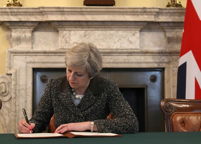 India News - Latest World & Political News - Current News Headlines in India - Brexit begins: UK triggers Article 50 to begin EU divorce