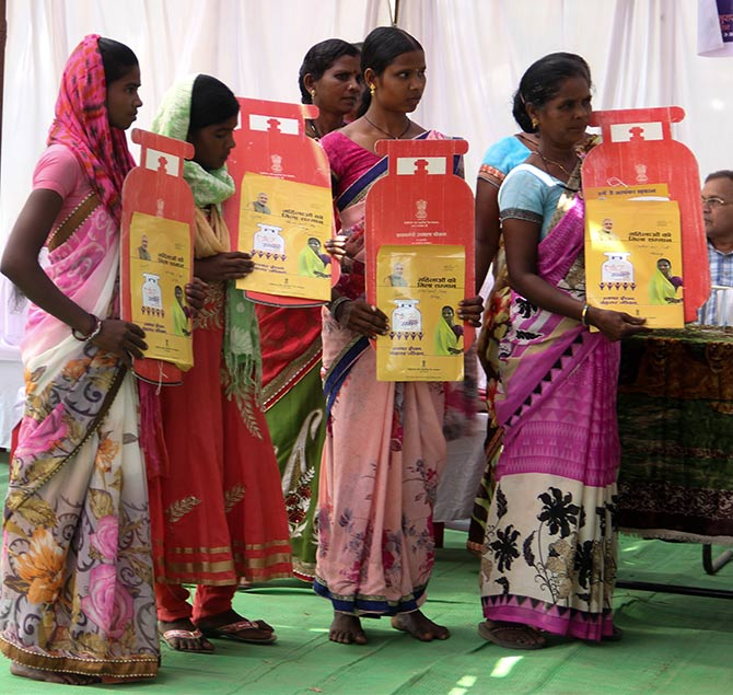 Part of the Raman Singh government's outreach programme in Chhattisgarh, the Lok Suraj Abhiyan delivers items like LPG cylinders and stoves to villagers in Bastar. Photograph: Uttam Ghosh/Rediff.com