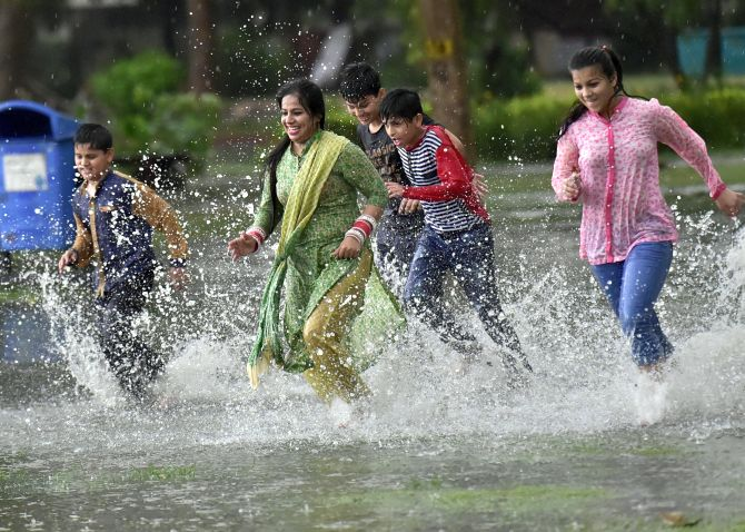India News - Latest World & Political News - Current News Headlines in India - 'Thank god for the rains!' Delhi rejoices after showers
