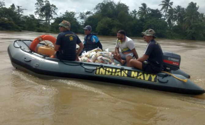 Indian Navy teams be part of Lanka flood rescue ops toll reaches 193