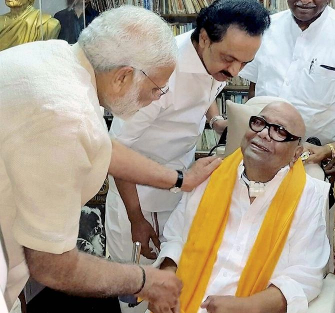 India News - Latest World & Political News - Current News Headlines in India - How Modi's DMK spin queers the pitch in TN