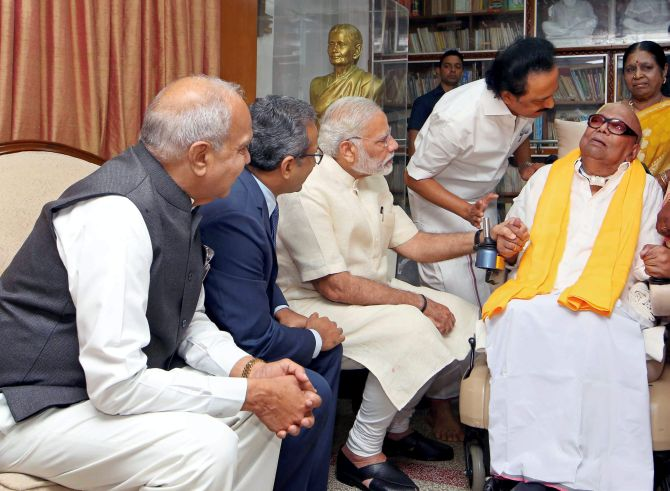 India News - Latest World & Political News - Current News Headlines in India - Why did Modi meet Karunanidhi?