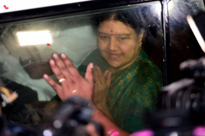India News - Latest World & Political News - Current News Headlines in India - Parole ends, Sasikala to return to jail today