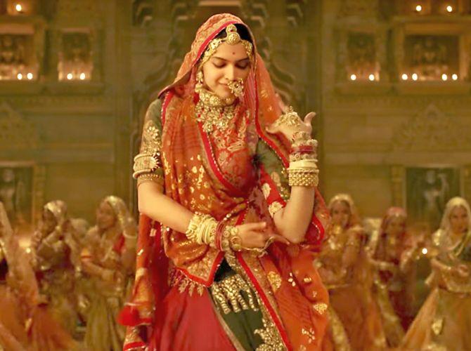 Rajasthani Ghoomar Dance Padmavati, now in 3D -...