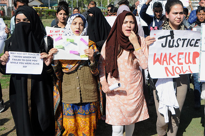 Kashmiri students protest against the rape and murder in Srinagar