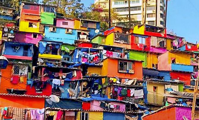 India News - Latest World & Political News - Current News Headlines in India - Painting Mumbai red, blue, yellow... Slums get a colourful face-lift