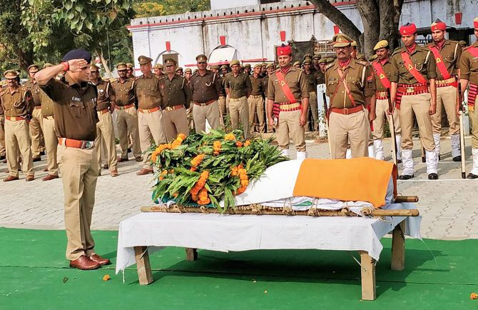 Was cop killed for his role in probing Dadri case? - Rediff