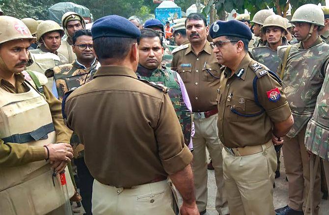 Bulandshahr: 4 arrested for cop's murder; bajrang dal man on the.