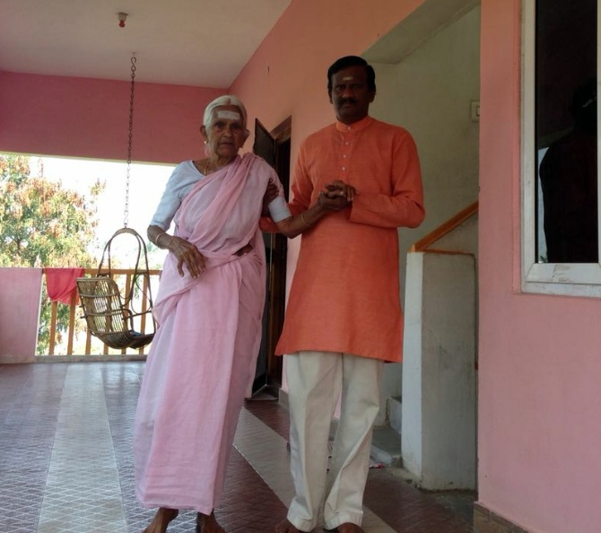 With her son Yoga Master V Nanammal