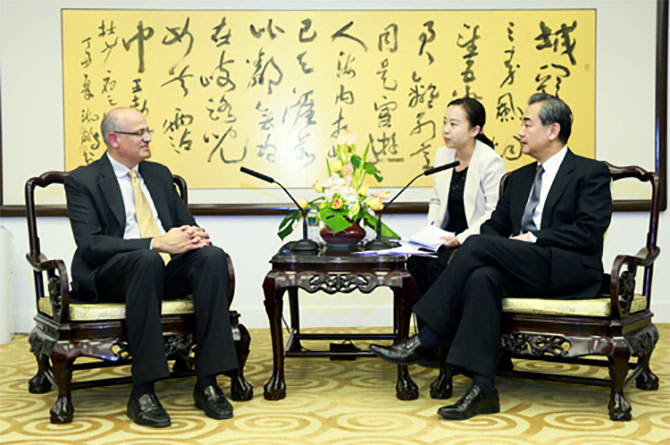 Vijay Gokhale, the outgoing Indian ambassador to China, pays a farewell call on Chinese Foreign Minister Wang Yi, October 21, 2017. Photograph: Kind courtesy Ministry of Foreign Affairs, Republic of China