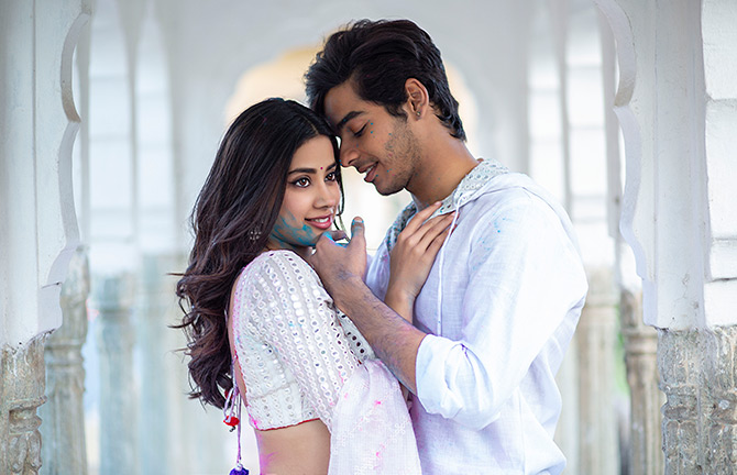 Current Bollywood News & Movies - Indian Movie Reviews, Hindi Music & Gossip - Dhadak Review: Many scenes brought tears to my eyes