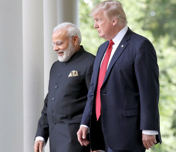 India News - Latest World & Political News - Current News Headlines in India - Trump invited to be chief guest at R-Day celebrations in 2019