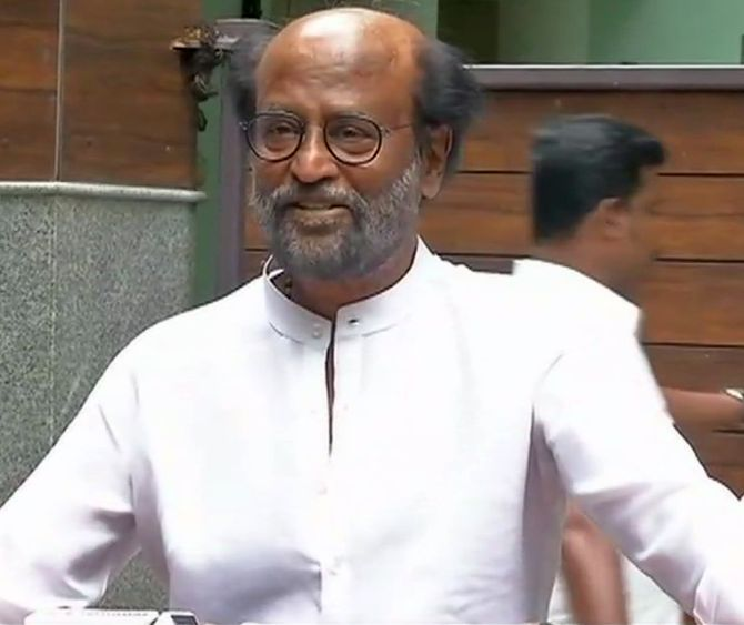 India News - Latest World & Political News - Current News Headlines in India - Rajini backs simultaneous polls, says will save time, money