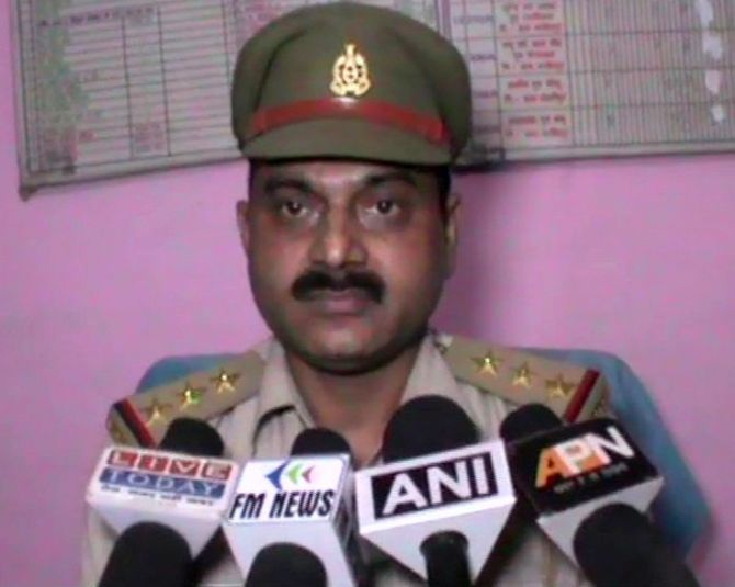 India News - Latest World & Political News - Current News Headlines in India - UP cop fails to prevent 'cow slaughter', files complaint against himself