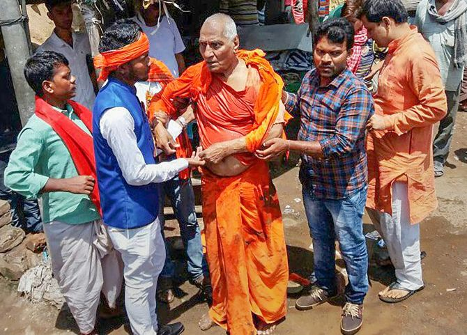 India News - Latest World & Political News - Current News Headlines in India - Swami Agnivesh alleges attack by BJP youth wing, ABVP