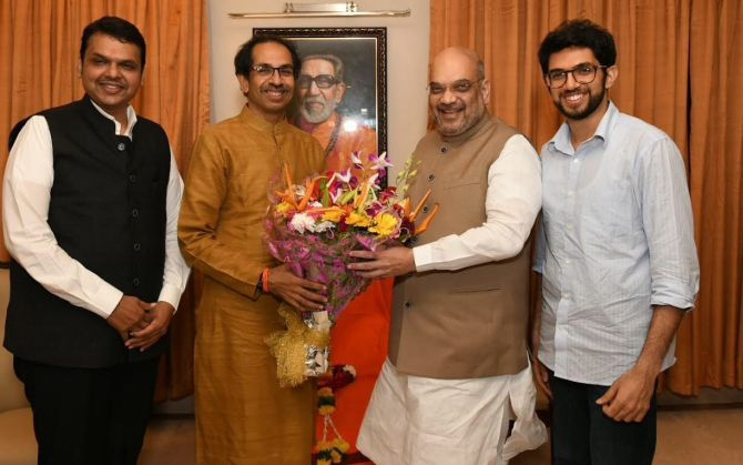 India News - Latest World & Political News - Current News Headlines in India - Shah meets Uddhav as Sena questions outreach