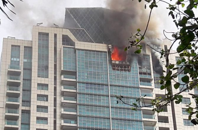 India News - Latest World & Political News - Current News Headlines in India - Fire breaks out at Deepika Padukone's building