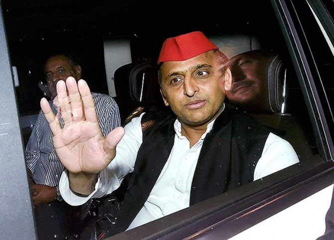 The deft footwork behind the Mayawati-Akhilesh meeting confirmed that protocol is as powerful in India's politics as it was in the film, Anna and the King of Siam, says Sunanda K Datta-Ray. Photograph: PTI