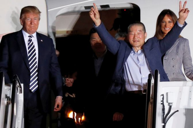 India News - Latest World & Political News - Current News Headlines in India - Trump personally welcomes 3 Americans freed by North Korea back to the US