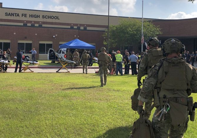 India News - Latest World & Political News - Current News Headlines in India - 10 killed in shooting at Texas school, gunman arrested