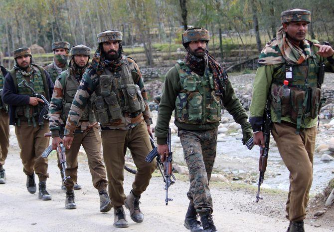 Most wanted terrorist killed in Kulgam encounter | Top Indi News