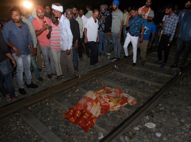 India News - Latest World & Political News - Current News Headlines in India - Railways, civic body say no permission was taken for Amritsar event