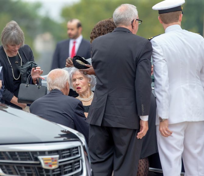 Andrew Mccain: The Most Moving Photos From John McCain's Funeral