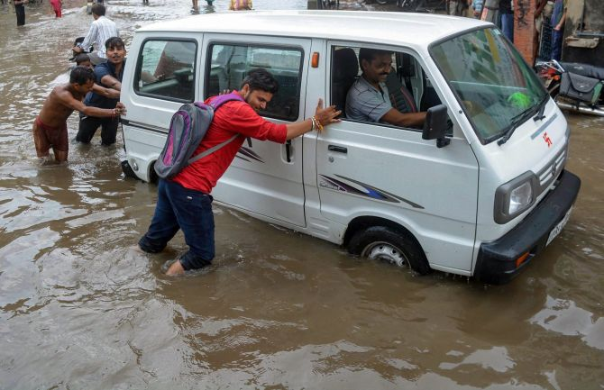 India News - Latest World & Political News - Current News Headlines in India - 16 dead, 12 injured in rain-related incidents across UP