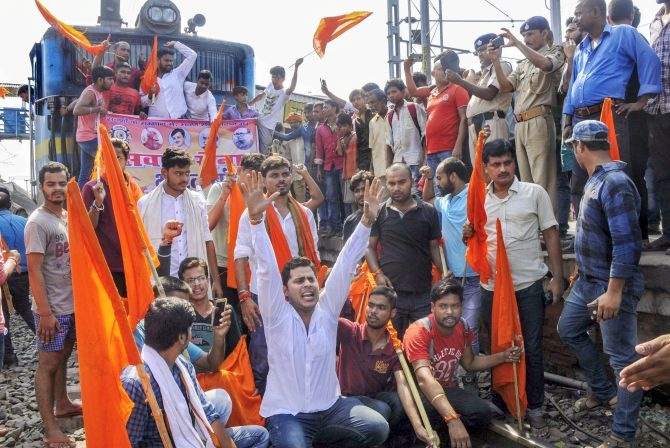 India News - Latest World & Political News - Current News Headlines in India - Bharat bandh evokes mixed response; protesters stop trains in Bihar, UP