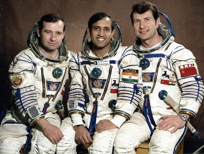 India News - Latest World & Political News - Current News Headlines in India - Why India MUST send an Indian into space