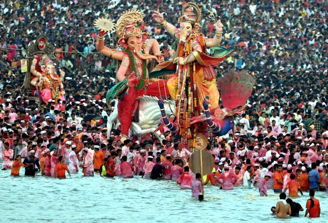 India News - Latest World & Political News - Current News Headlines in India - Bye Bappa! Ganesh festival comes to an end